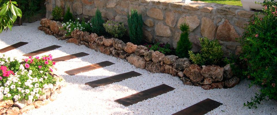 Xardingal s l jardines piscinas cierres for Cierres de jardin